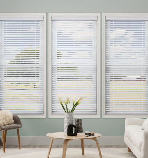 2 faux wood blinds Simply Chic 2 1/2