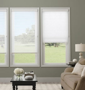 Simply Chic 2 1/2 Sheer Shades - Room Darkening