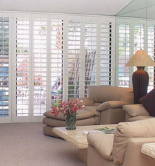 Blindsgalore Signature 3 1/2 Plantation Wood Shutters
