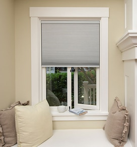 Simple Fit Pop-In Cellular Shade: Blackout
